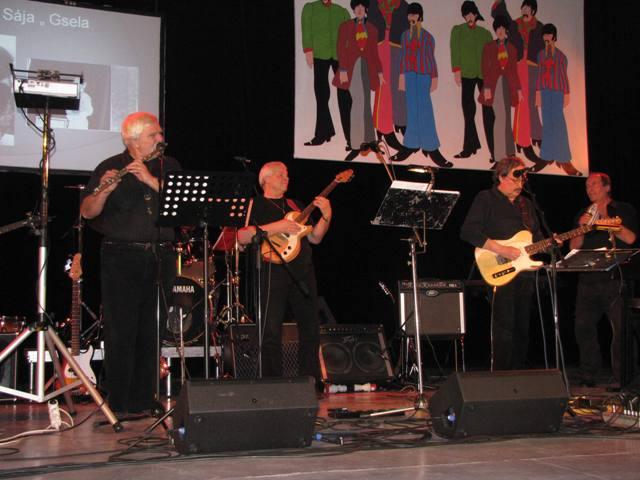 Metropol 23.1.2010 - Beatles nahoře
